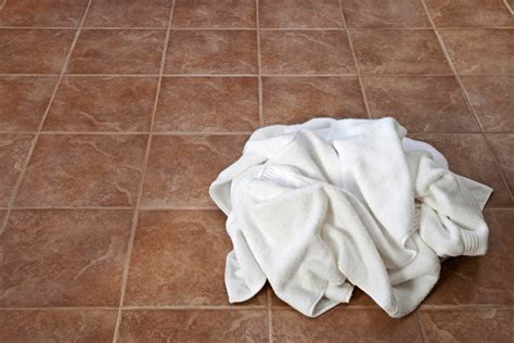 On Te Floor by Towel On The Floor How To End Climate Change