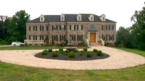 Nfl Players Cribs by Washington Redskins Players Chris Cooley Todd Yoder Are