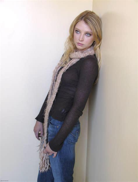 Scarf Hd elisabeth harnois scarf 2448x3248 wallpaper high