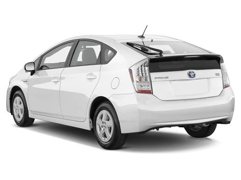 2011 Toyota Prius Two 2011 Toyota Prius Reviews And Rating Motor Trend