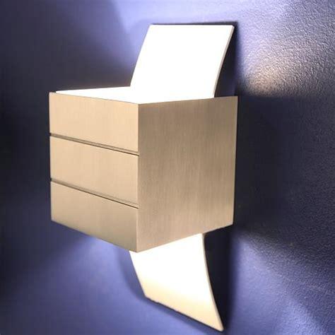 kleine wandleuchte kleine wandleuchte gro 223 e licht wirkung in aluminium und