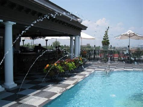 roof top bar charleston sc market pavilion bar is the best rooftop restaurant in