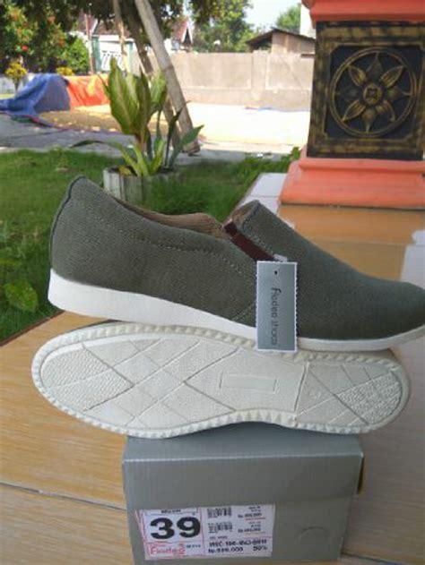 Harga Sepatu Santai Fladeo jual sepatu selop l sepatu santai l sepatu nongkrong l