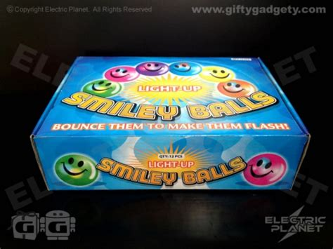 light up bouncy target smiley bouncy balls x 12 giftygadgety com