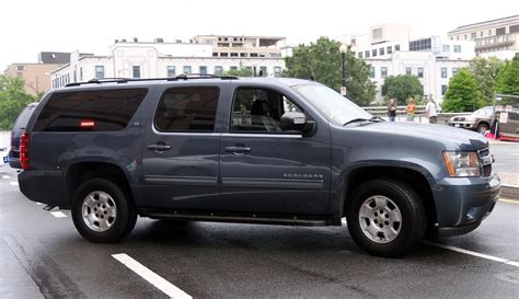2012 chevrolet suburban 2500 price photos reviews features image gallery 2012 suburban