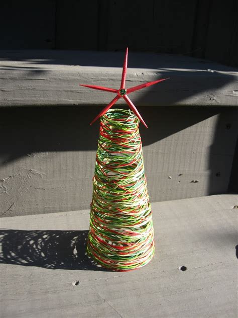 craft klatch 174 string christmas tree craft