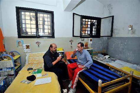carcere di poggioreale all interno viaggio all interno volontariato in carcere la