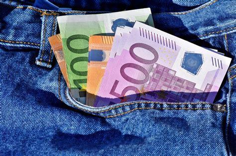 quanti contanti si possono versare in portare soldi in italia limite di trasporto denaro