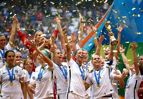 world chions usa wins 2015 fifa womens world cup u u s dominates japan 5 2 to win the fifa women s world cup