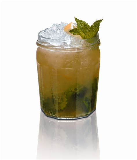 Simple Drinks With Southern Comfort by Mix Mardi Gras Flavor Southern Style The Intoxicologist