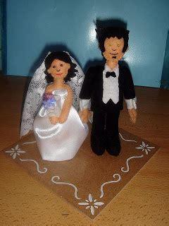bajo una seta: muñecos de boda
