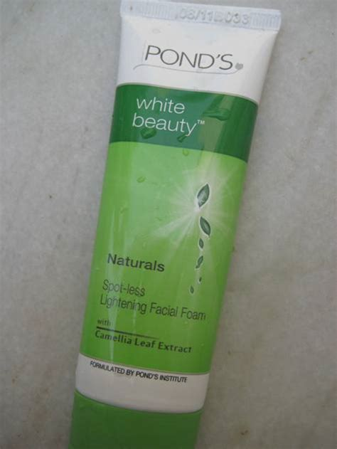 Ponds White pond s white naturals spot less lightening foam review