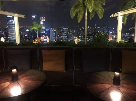 bar on top of marina bay sands bar area picture of marina bay sands singapore