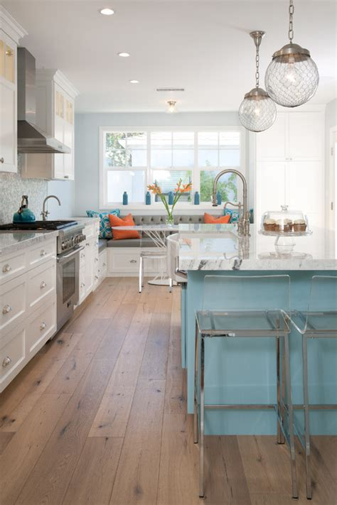 coastal style kitchens the difference between a decorating style and a theme