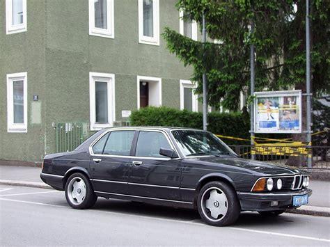 Auto Bild 735i by Bmw 735i Nimmt Es Mit Den Parkplatzbegrenzungen Auch Nicht