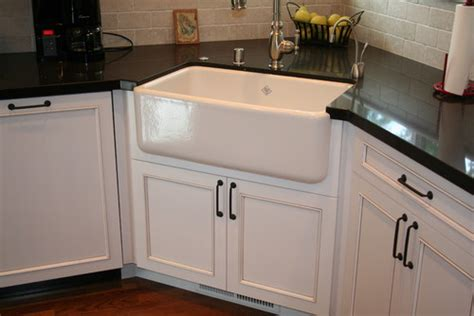 corner kitchen sink cabinets what is the size of the corner sink cabinet