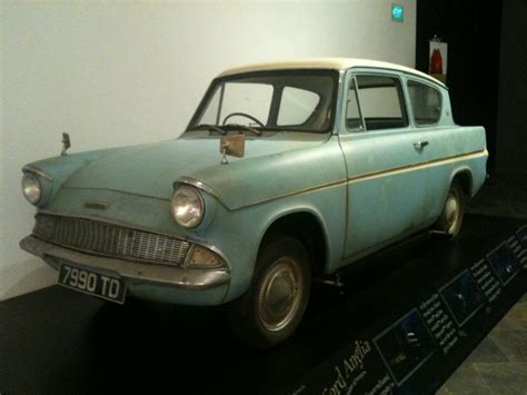 file flying ford anglia from harry potter and the chamber