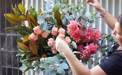 how to arrange flowers how to arrange flowers step by step with my fave local