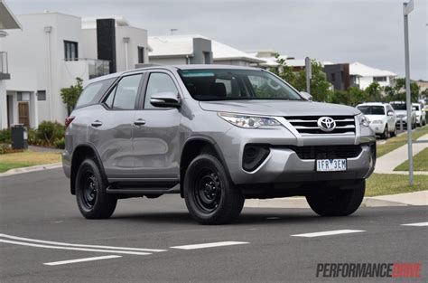 Fortuner Ad2039b Black List White 2016 toyota fortuner gx review performancedrive