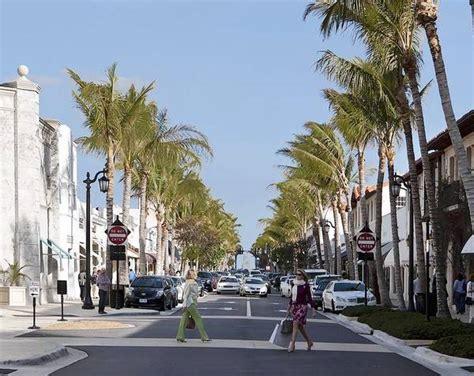 worth avenue palm beach s worth avenue celebrates 100 years of fashion