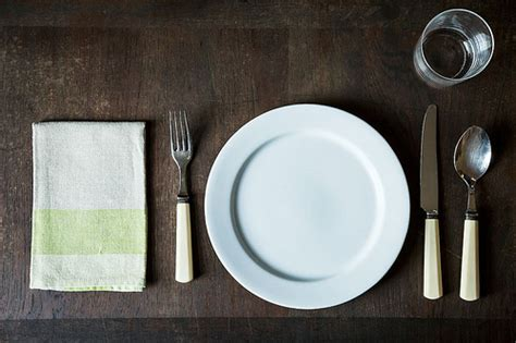 simple table setting how to set a table