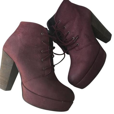 steve madden womens chunky heel size 8 burgundy wine boots on tradesy