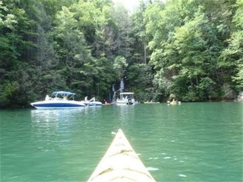 boats for rent in greenville sc overnight cing and kayak trip lake jocassee