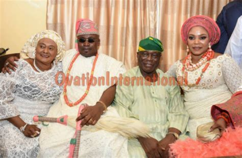 nigeria traditional marriage ovation traditional wedding in nigeria ovation ebenezer obey s