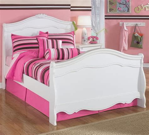 exquisite sleigh bedroom set signature design by ashley exquisite full sleigh bed with