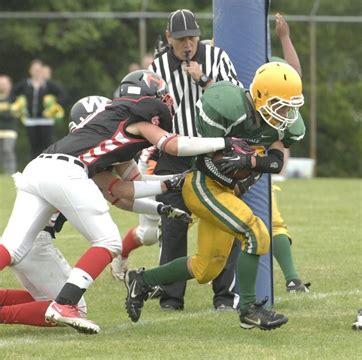 westdale wins the gridiron battle between junior warriors