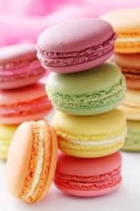 colored macaroons macarons