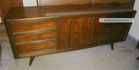 bedroom modern mid century natural color walnut king size
