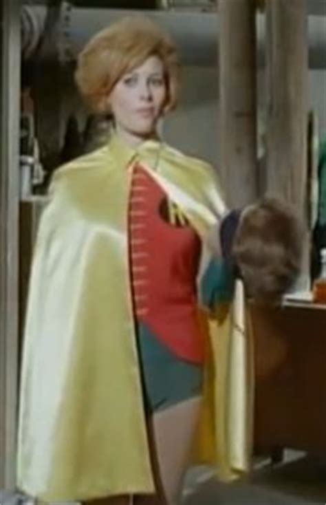 Dc 684 Feed Scoop 544 1000 images about batman on lyle waggoner
