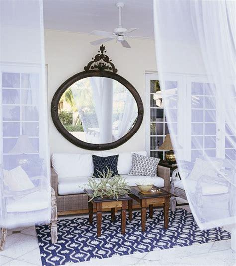 dekoration spiegel glanzvolles ambiente durch spiegel deko