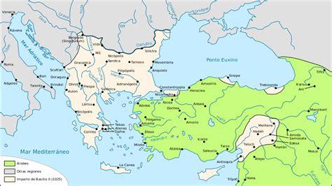 byzantine empire map file map byzantine empire 1076 es svg wikimedia commons