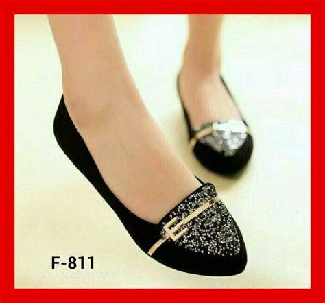 Sepatu Delta Warna Hitam sepatu teplek flat shoes model terbaru warna hitam cantik