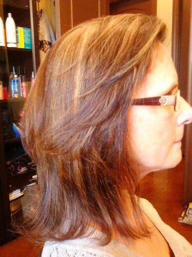 layered feathered back hair shoulder length hair with long layers and framed around