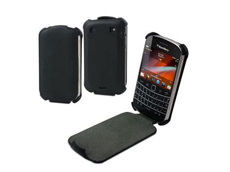 Flip Cover Disney Type Blackberry Dakota 9900 muvit snow slim leren flip blackberry bold 9900