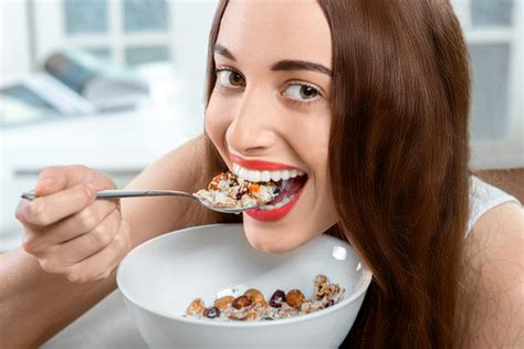 Best Way To Detox After Sugar Binge by 5 Foods To Help You Detox After A Weekend Femina In