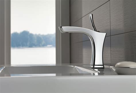 bathroom faucets and fixtures bathroom faucets showers toilets and accessories delta
