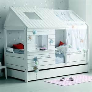 lit cabane alfred et compagnie pas cher lit enfant