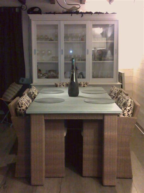 Impressionnant Table De Salle A Manger #5: le-coin-salle-a-manger-1265470936.jpg