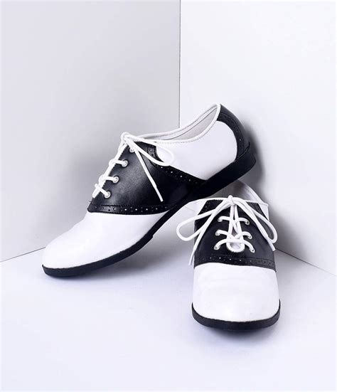 vintage black and white shoes light up nike air max ltd
