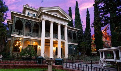 Haunted House Disneyland by Disneyland Haunted Mansion