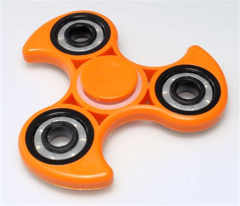 Fidget Spinner H fidget spinners trend intrigues and irks teachers and parents pandoras box