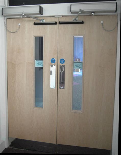 auto swing door auto doors