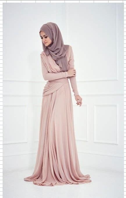 Dress Muslim Abaya Hikmat Fashion A806 Beige fashion september 2015
