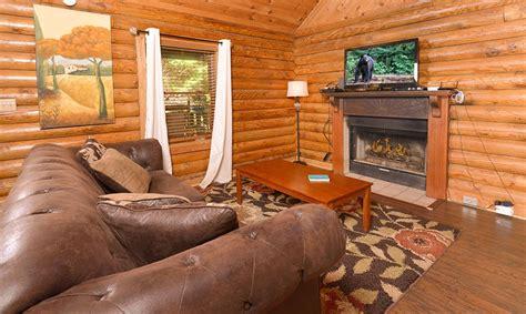 kandy kisses 1 bedroom gatlinburg cabin rental gatlinburg cabin rentals kandy kisses