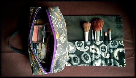 makeup holder pattern 12 adorable diy makeup bag patterns to sew