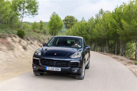 Porsche Cayenne Versicherungskosten by Porsche Cayenne Bmw X6 Die Sparsamsten Benziner Der